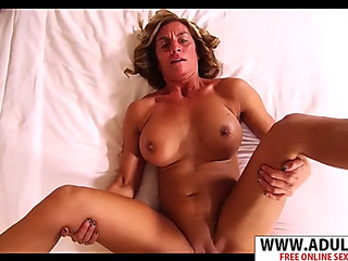 Sneaky motherinlaw melyssa ride jock hard touching son&#39s ally