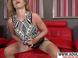 Perspired stepmother michelle wet gives oral pleasure hard touching son